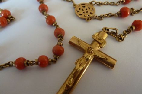 Rozenhoedje bidden