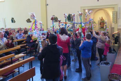 Succesvolle familieviering Palmzondag
